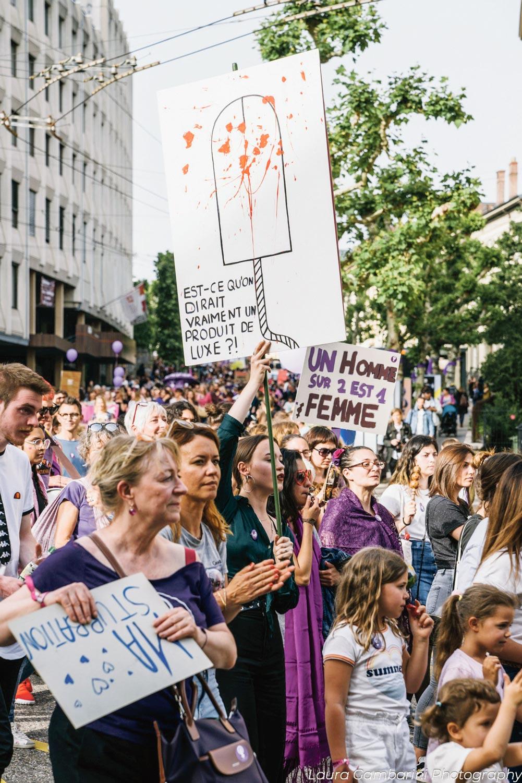 Greve des femmes*/Grève féministe à Neuchâtel. Photo: Laura Gambarini