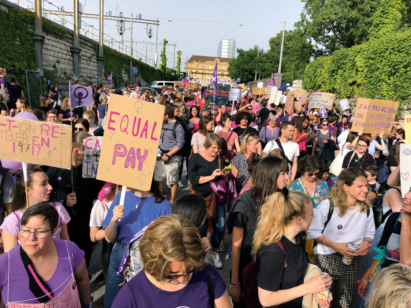 Grève des femmes, Neuchatel. Photo: Michel Rodde