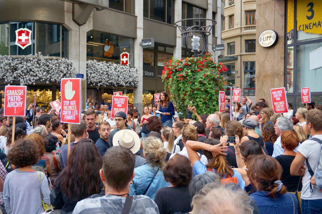 Rassemblement de soutien aux victimes des violences sexistes, GenÃve, 8 août 2018