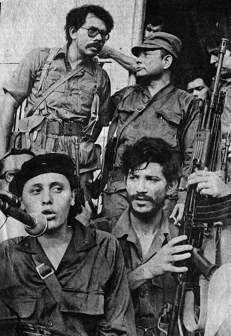 Dora Maria Tellez et Daniel Ortega. Nicaragua, juillet 1979