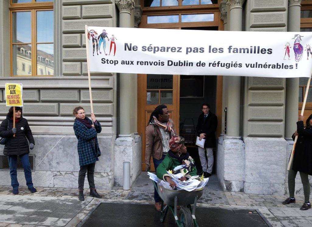 Piquet Stop Renvois Dublin: Ne séparez pas les familles, Genève.