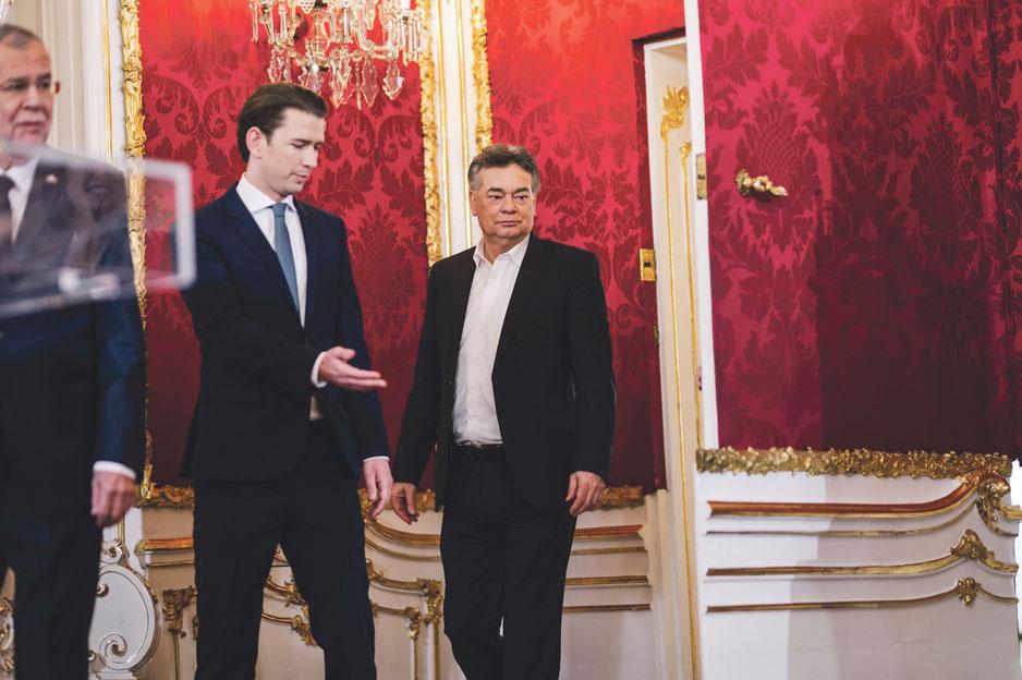 Le président Alexander Van der Bellen, le chancelier Sebastian Kurz (ÖVP) et Werner Koegler (les Verts)