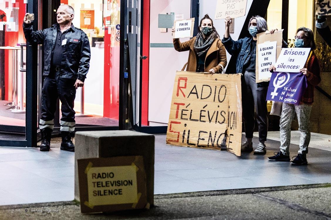 Action féministe devant la RTS, Lausanne, 2 novembre 2020