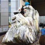 Statue de Friedrich Engels devant l'université Salford de Manchester