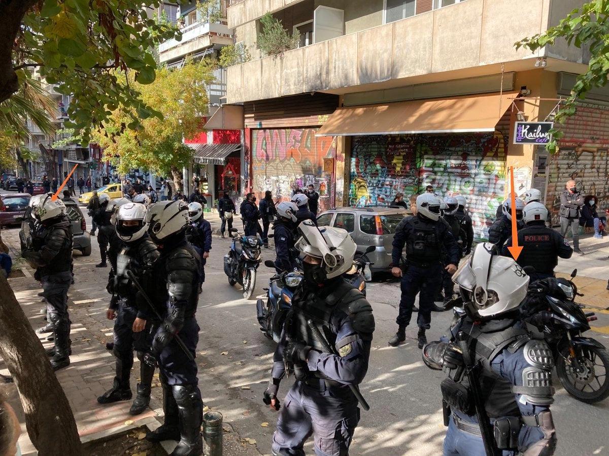 Descente de police dans le quartier d'Exarcheia, 6 décembre 2020