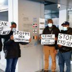 Piquet d'activistes contre le renvoi devant l'antenne suisse du Haut-commissariat aux réfugiés à Berne