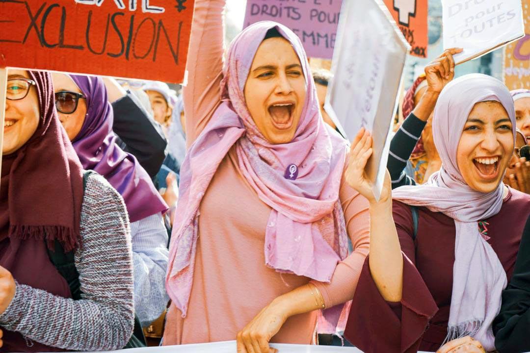 Militantes des Foulards violets à Genève lors de la Grève féministe de 2019