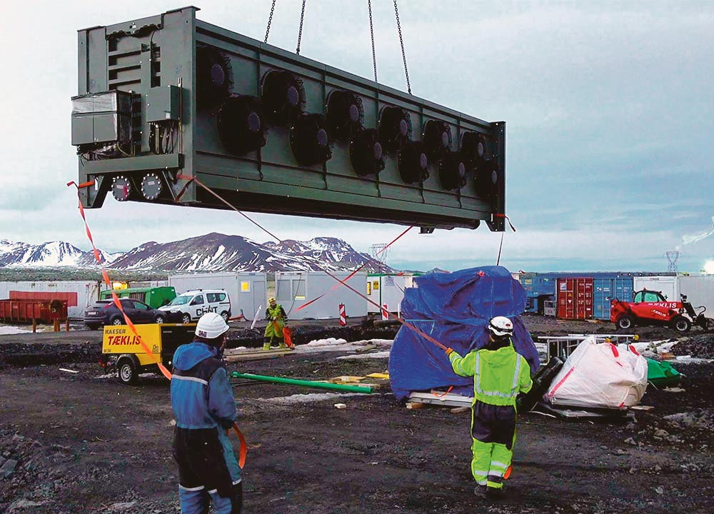 Installation d'une centrale de captage de CO2 de Climeworks en Islande