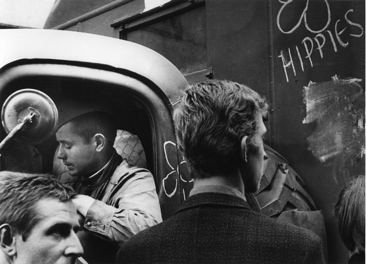 Tchèques en 1968 sous l'occupation de l'URSS