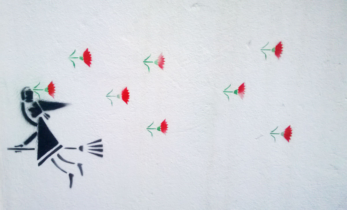 Pochoir commémorant la révolution des oeillets au Portugal