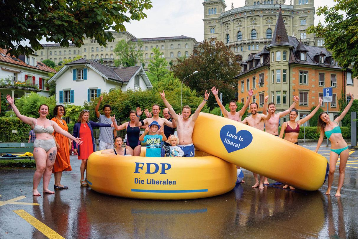 Action PLR pour le mariage pour tous à Berne