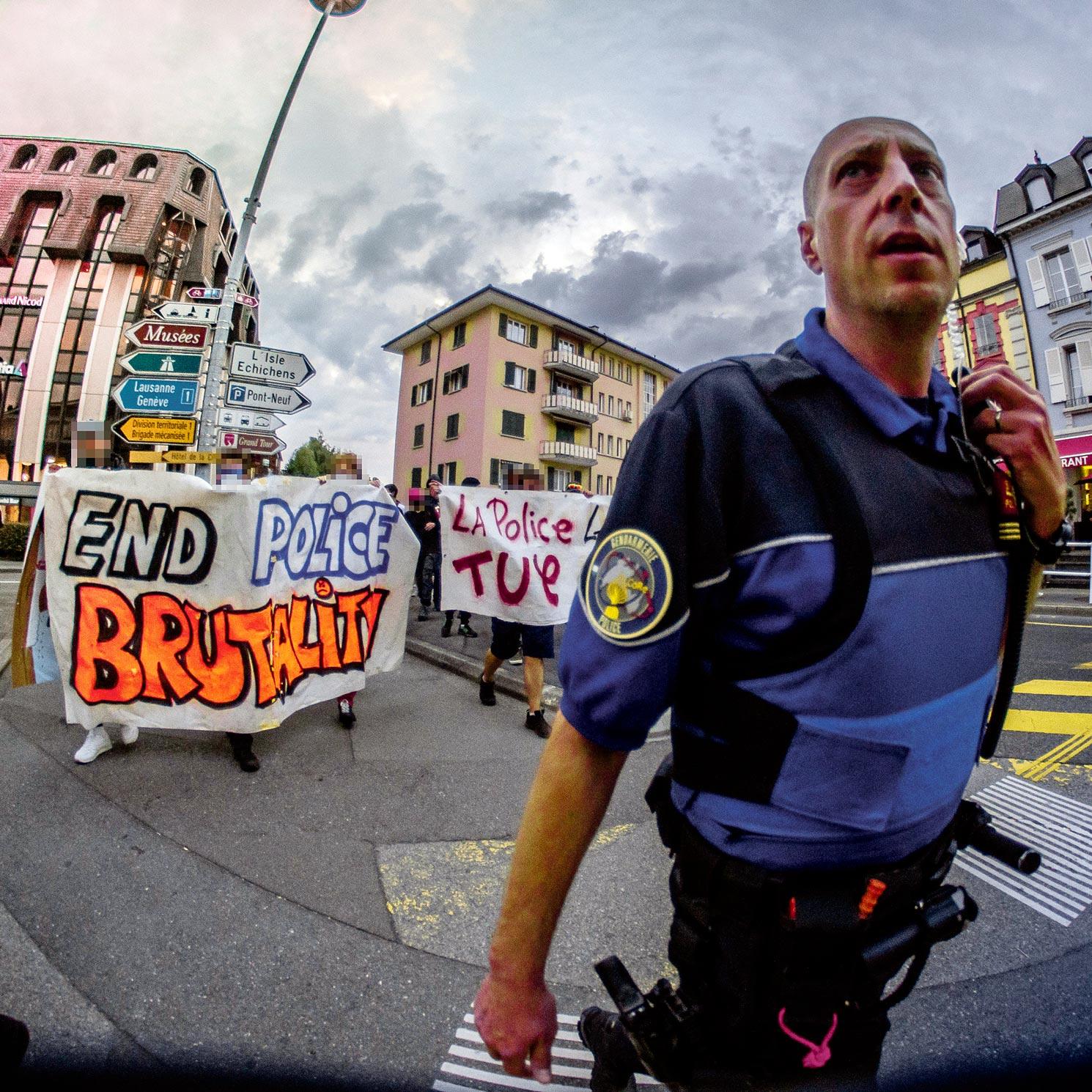 Manifestation contre les brutalités policières, Morges
